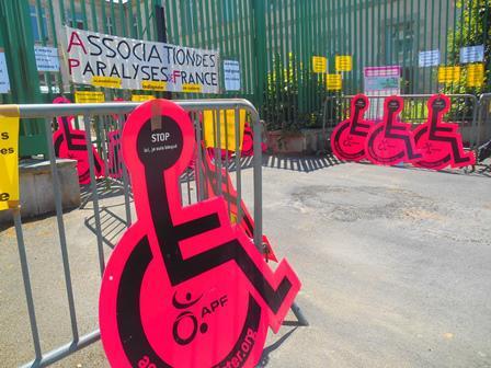 Manisfestation du 24 juin 2014 contre le projet d'ordonnance acc