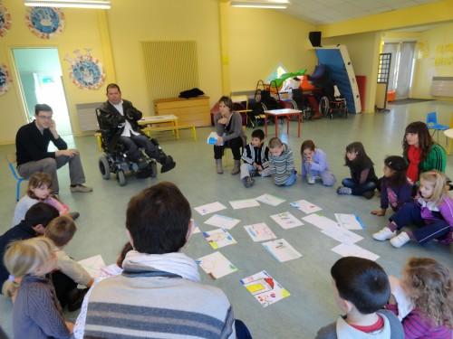 2012-10-31 2 sensibilisation centre loisir angelmière.JPG