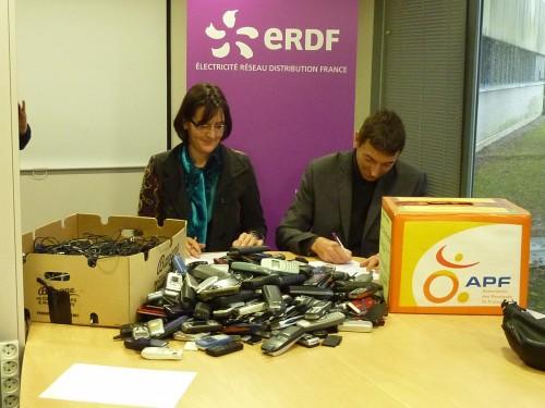 2012-12-04 ERDF téléphones.JPG