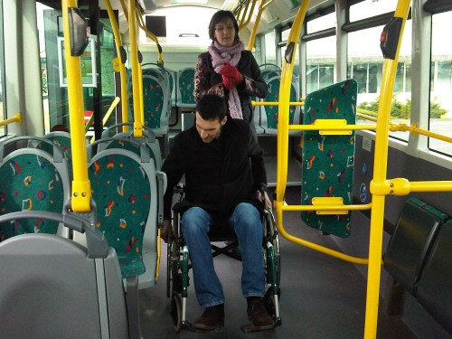 Campardon SO bus valider ticket.jpg