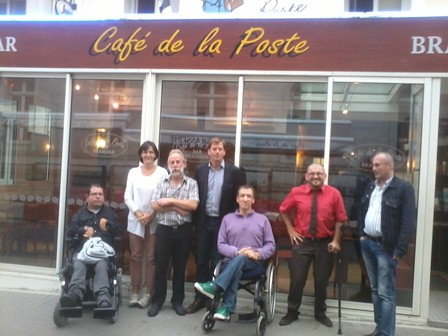 2013-09-26 café de la;poste dehors web.jpg